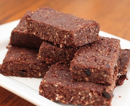 chocolate-bar-brownies-cropped