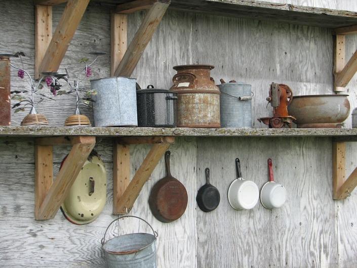Rusty pots